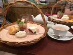 Afteernoon Tea Tea Room, Whity Umeda