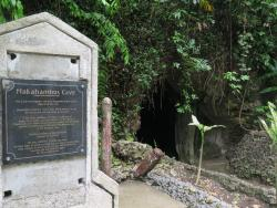 Macahambus Hill Cave