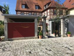 Weingut & Hotel Artur Steinmann im Pastoriushaus