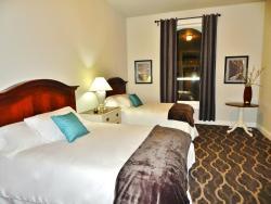 The Dilworth Inn & Suites