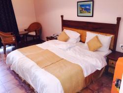 Rest House Tyr Hotel & Resort