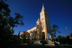 大叻天主教堂