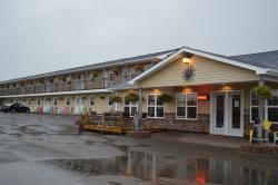 Parlee Beach Motel
