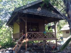 Hoga Island Dive Resort