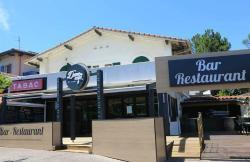 Seaside Pub
