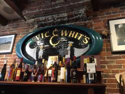 VIC & Whit's Sandwich Shop