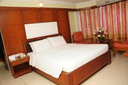 Hotel PLR Grand by Tommaso