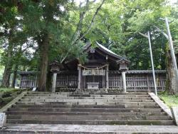 Suwa Shrine Kamishamaemiya