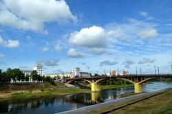 Kirovskiy Bridge