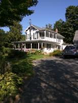 The Hillside Garden Inn Bed & Breakfast