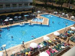 Piscina Hotel Mediterraneo