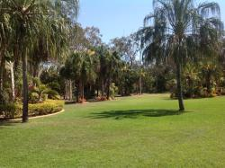 Stunning gardens, peaceful location, excellent food, great customer service ethics
