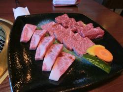 Yakiniku restaurant Kira Tosu