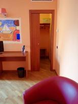 Hotel Motel Airbag