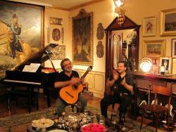 Clandestino Music Travel