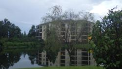 WorldQuest Resort Orlando Brushed Reflections