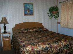 Glacier Motel & RV Park