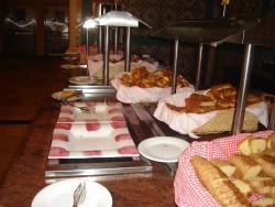 Buffet - pequeno-almoço