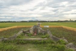 The monument of Yajirobe Tani
