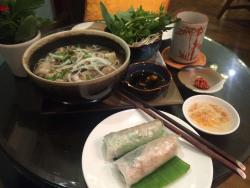 Delicious vegetarian food & I got to try Pho! :D Excellent service - so sweet and friendly. Pric