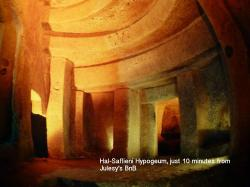 Hal-Saflieni Hypogeum is just 10 minutes from Julesy's BnB