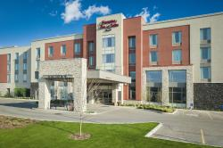 Hampton Inn & Suites Airdrie