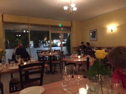 Lorenzo Deli Restaurant