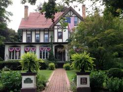 Vintage Gardens Bed & Breakfast