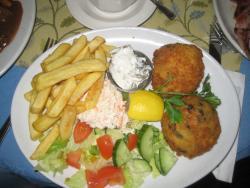 Salmon Fish Cakes with Salad