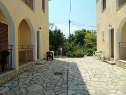 Elenitsa Apartments