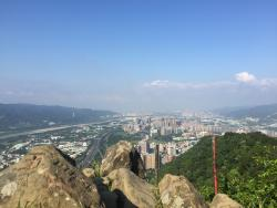 Yuan Mountain Hiking Trail