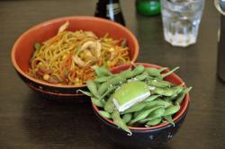 Oshi Oshi Sushi & Bar