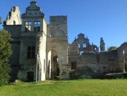 Ungre castle