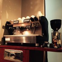 Cafe Dessine