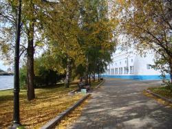 Olimpiyskaya Embankment