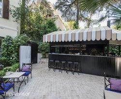 Garden Bar at the Aldrovandi Villa Borghese