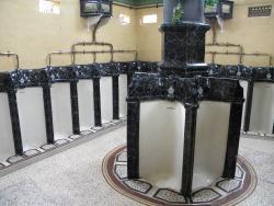 Super urinals