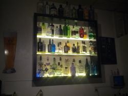 Charlot Bar