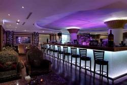 Connoisseurs Lounge & Restaurant