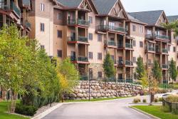 ‪Wyndham Vacation Resorts at Glacier Canyon‬