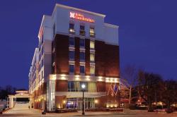 Hilton Garden Inn Falls Church