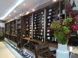 Liv Vin Wine Shop