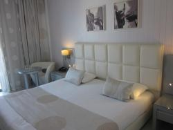 Chambre standard double avec King Size Bed.