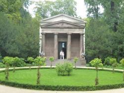 Mausoleum im Schlosspark