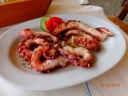 Vareladiko Cafe Restaurant