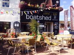 The Boatshed Cafe-Bar