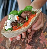 Zatar - falafel & hummus