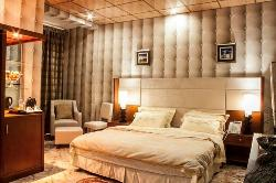 Royal Suites Hotel
