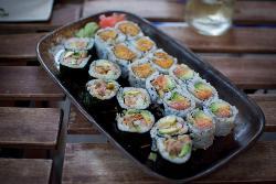 Ivy's O-i-Shi-i Sushi