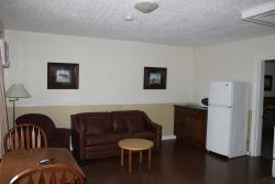 Silverwood Inn & Suites